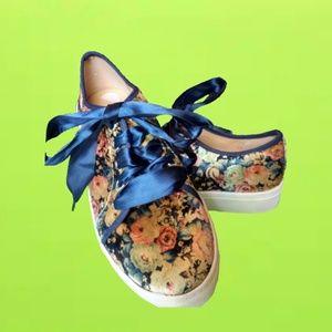 Dirty Laundry Velvet Floral Sneakers